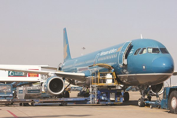 News Article: How to rescue Vietnam Airlines appropriately?